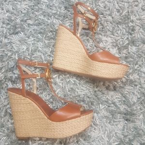 Shoes / Wedges